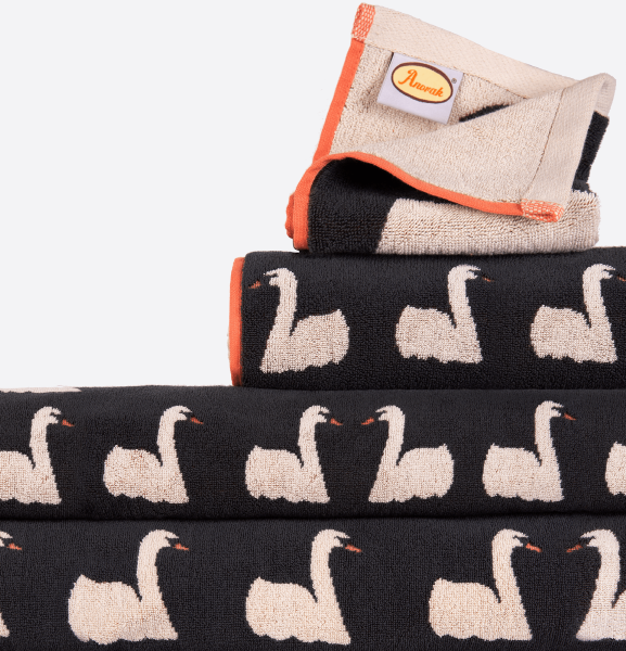 Anorak Kissing Swans Towel