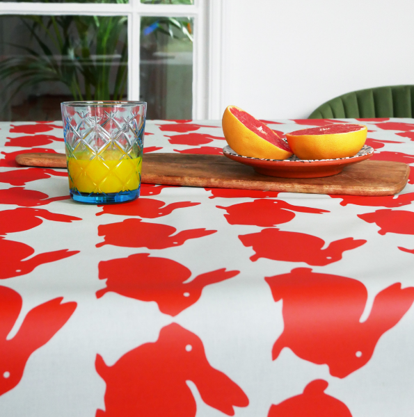Anorak Kissing Rabbits Cotton Coated Tablecloth