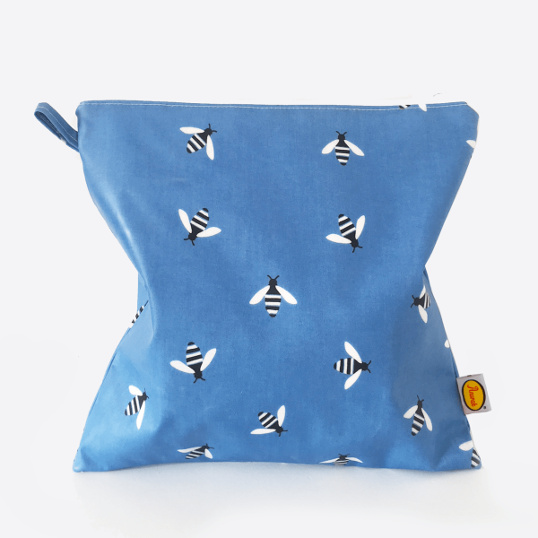 Anorak Buzzy Bee Large Toiletry Bag (Blue)