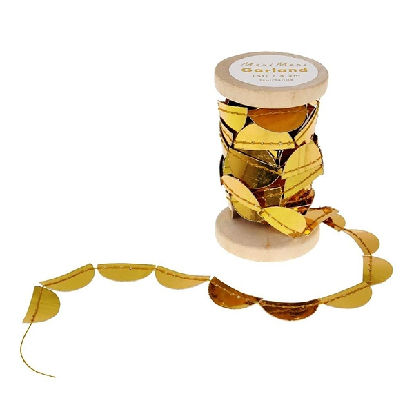 Gold Scolloped Spool Garland_ME164197